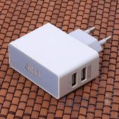 Зарядное устройство JUST Thunder Dual USB Wall Charger (2.1A/10W, 2USB) (WCHRGR-THNDR-WHT) White