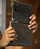 Вид 3 - Чехол для планшета Twelvesouth Leather Case BookBook Classic Black for iPad mini (TWS-12-1235)