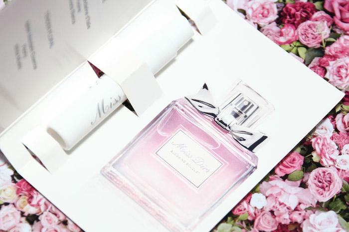 ... Christian Dior Miss Dior Cherie Blooming Bouquet Туалетная вода (пробник)  1 ml ... 07bcce6d46d3b