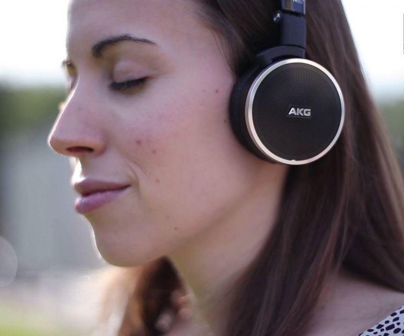Картинки по запросу AKG N60NC