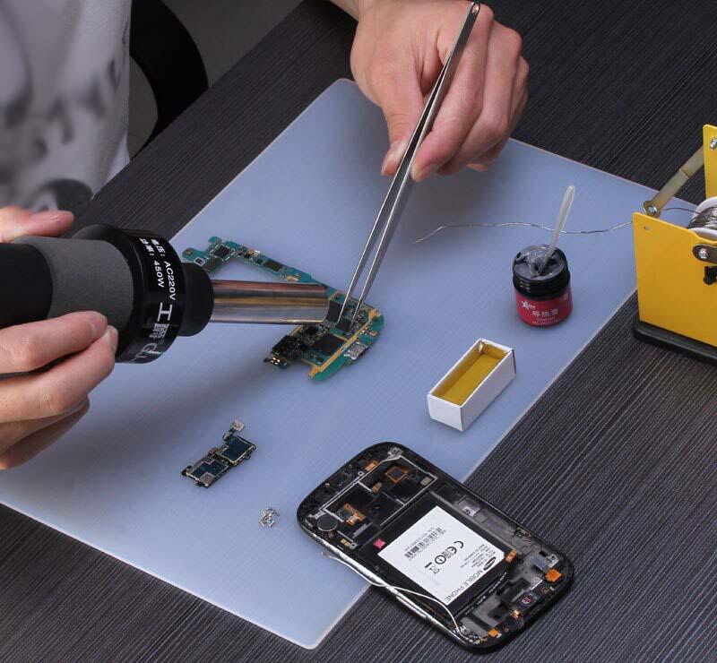 Брендовое оборудование и опытные руки — залог качественного ремонта в СЦ.